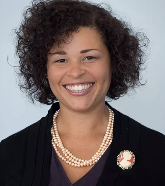 Monique Lyone